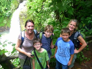 What makes a good family travel partner
