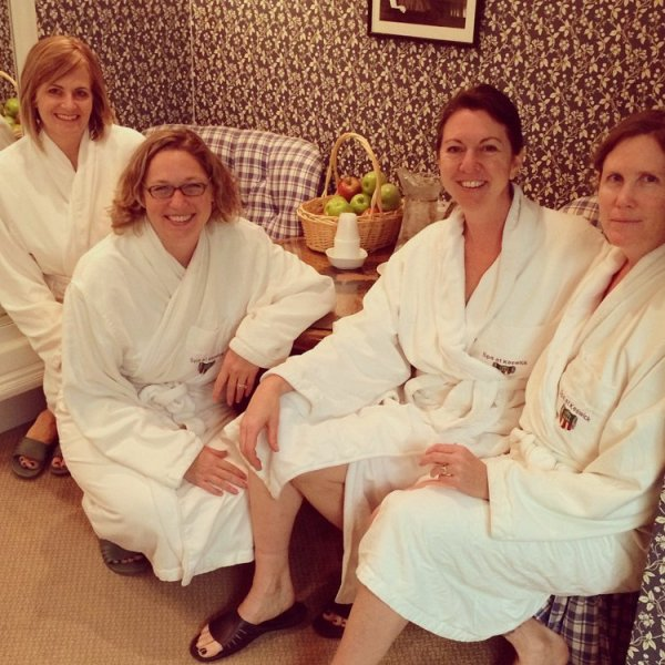 Girlfriend getaway essential: spa robes