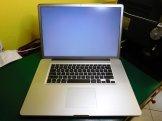 MacBook Pro 17 Schermo Bianco