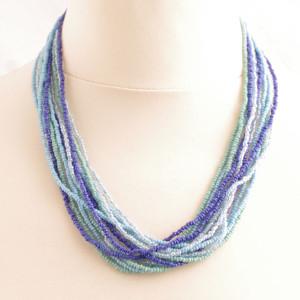 Halsband-korfu-blå-artesaniasjuanita-fairmonkey-fairtrade-pärlor-accessoar-guatemala-8