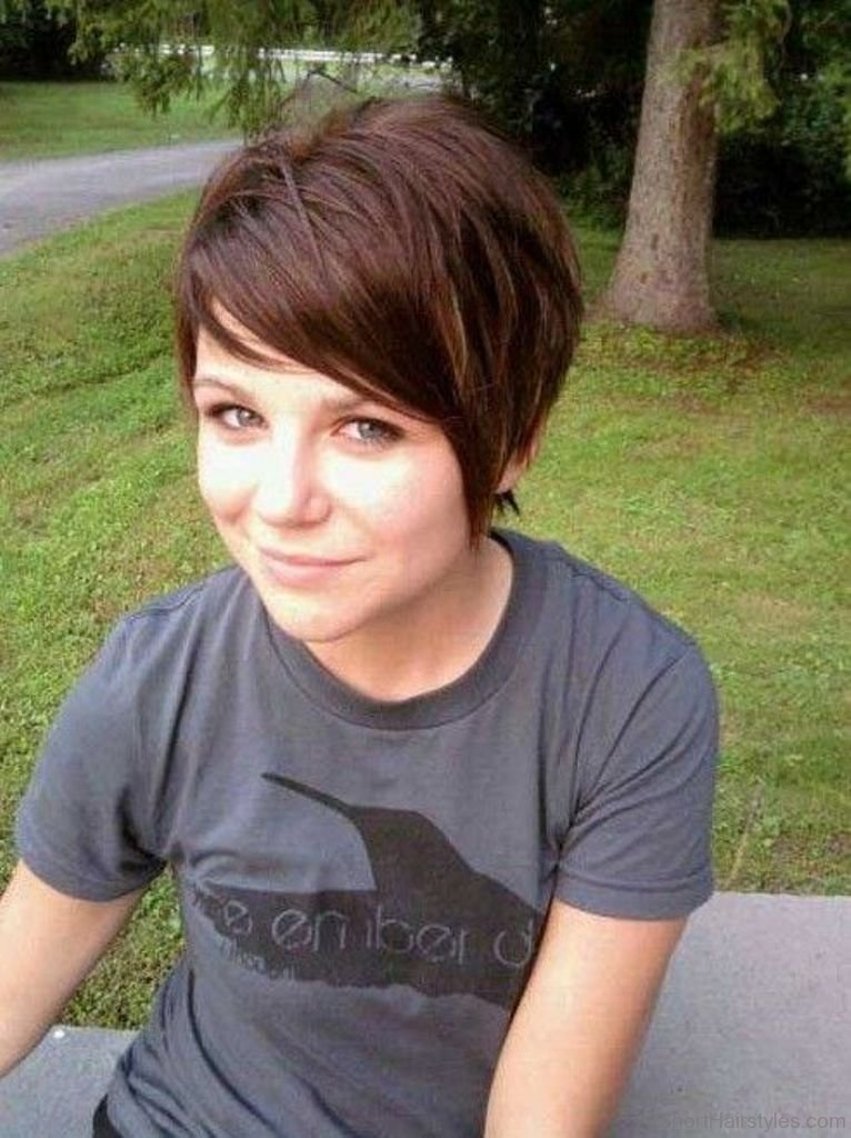 Cute Hairstyles For Short Hair With Bangs To The Side Zieview