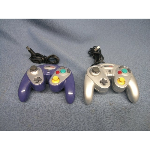 2 Gamestop Gamecube Controllers Silver Blue Allsold Ca