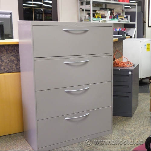 Steelcase 4 Drawer 36 Quot Beige Lateral File Cabinet