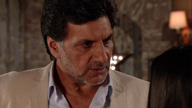 FROM ITV STRICT EMBARGO - NO USE BEFORE TUESDAY 20 SEPTEMBER 2016 Coronation Street - Ep 8999 Monday 26 September 2016 - 2nd Ep Under pressure from Alya Nazir [SAIR KHAN] to cough up the money for her Underworld designs, Sharif Nazir [MARC ANWAR] is up against it but Sonia further adds to his worries when she makes it clear that she still expects him to get her a place to live too. Sharif is at a loss as to where he will find the funds to appease both women, until he comes up with an idea... Picture contact: david.crook@itv.com on 0161 952 6214 This photograph is (C) ITV Plc and can only be reproduced for editorial purposes directly in connection with the programme or event mentioned above, or ITV plc. Once made available by ITV plc Picture Desk, this photograph can be reproduced once only up until the transmission [TX] date and no reproduction fee will be charged. Any subsequent usage may incur a fee. This photograph must not be manipulated [excluding basic cropping] in a manner which alters the visual appearance of the person photographed deemed detrimental or inappropriate by ITV plc Picture Desk. This photograph must not be syndicated to any other company, publication or website, or permanently archived, without the express written permission of ITV Plc Picture Desk. Full Terms and conditions are available on the website www.itvpictures.com