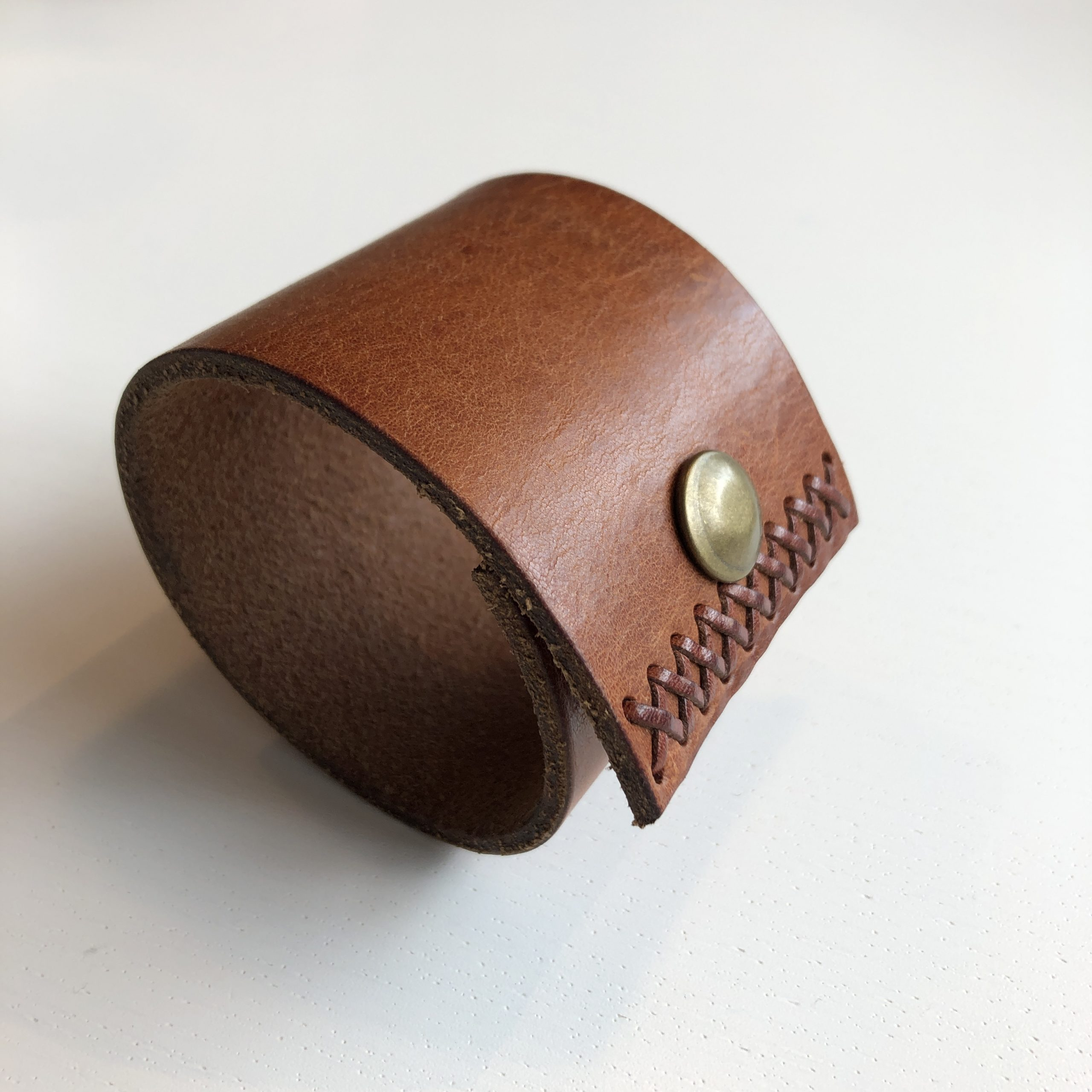 MYS - Wide Cuff Stitched Brown 2 | accessories