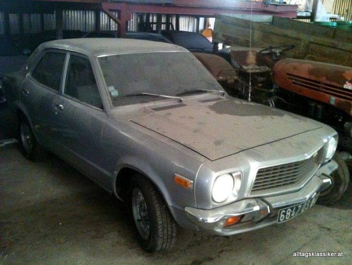 mazda-818-sedan