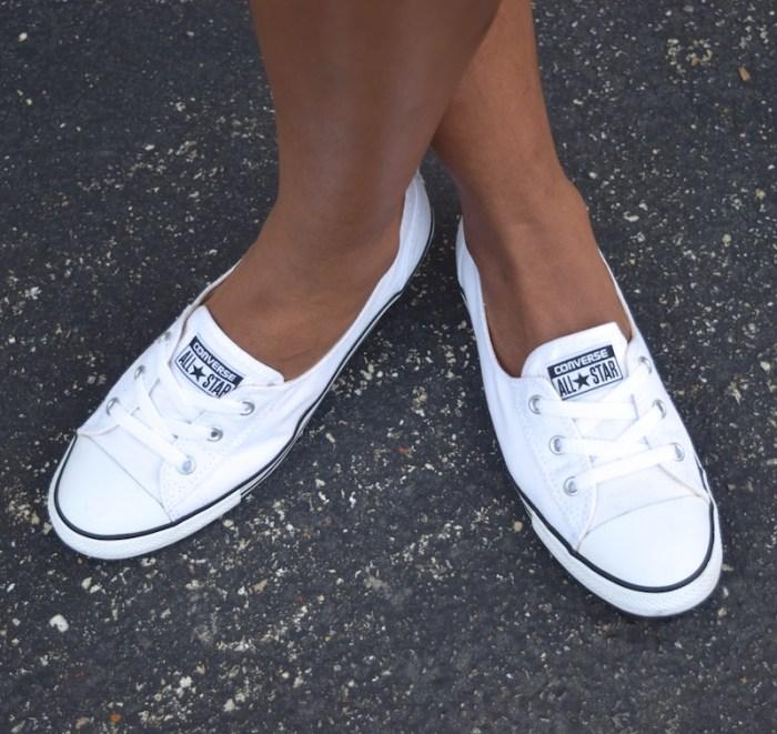white-dainty-ballet-converse