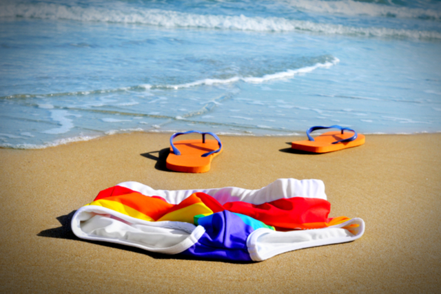 Dos and Don'ts: 10 Nude Beach Etiquette Tips
