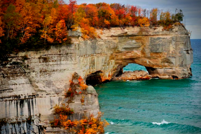 Best Places To See Michigan Fall Colors Alltherooms