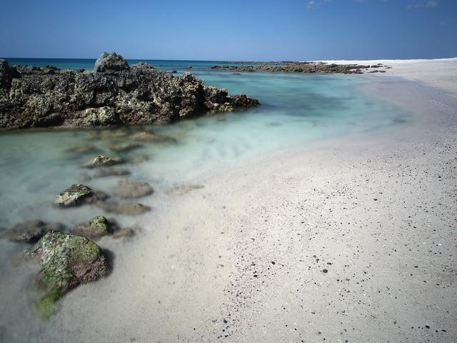 beaches in oman