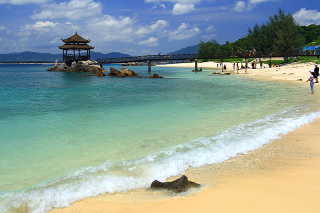 Best beach cities in china