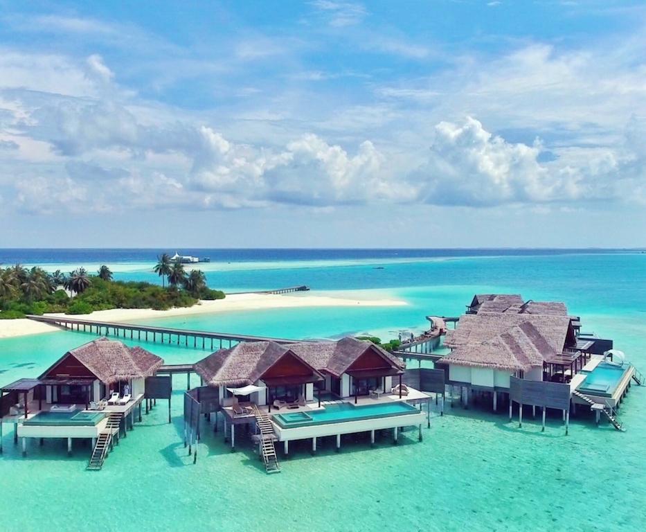 maldives bucket list travel adventure allthestufficareabout