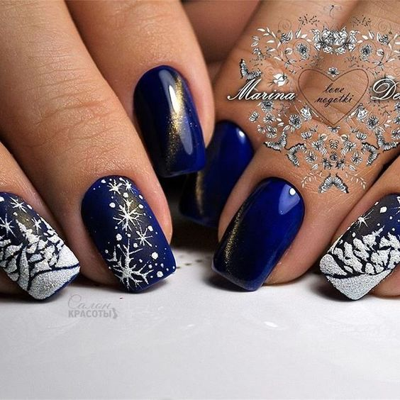 blue christmas nail art