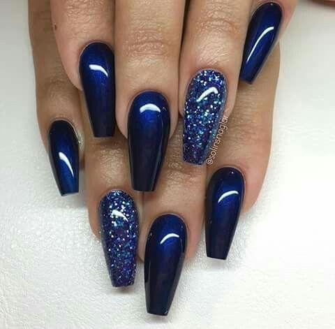 blue classy glitter nail design