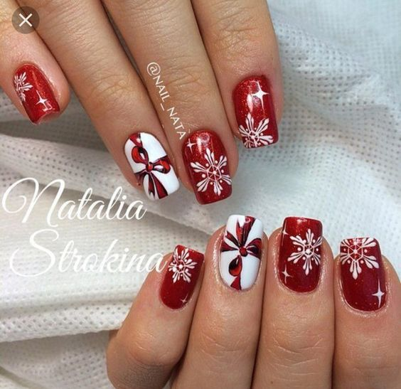 winter-nails-cute-designs-red-white silver-glitter