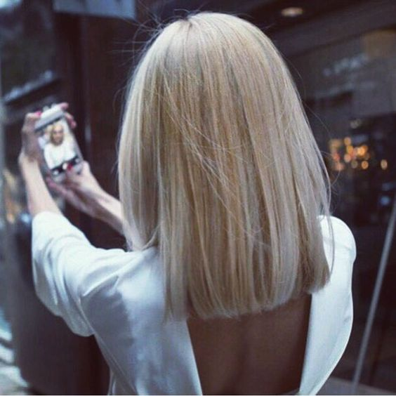 Ideas To Go Blonde Icy Short One Color Allthestufficareabout Com