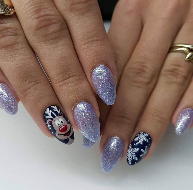 snow nails christmas winter manicure raindeer