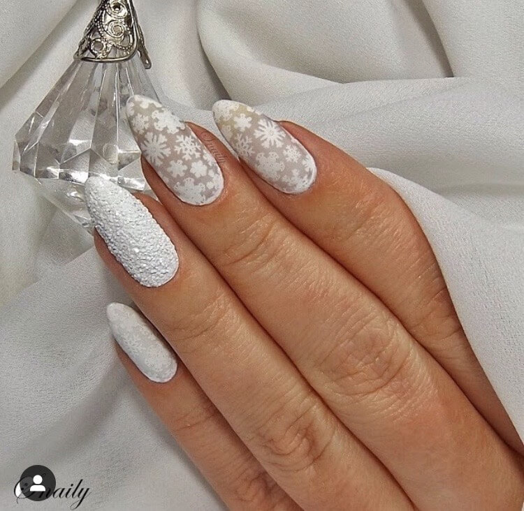 snow nails christmas winter manicure snowflakes