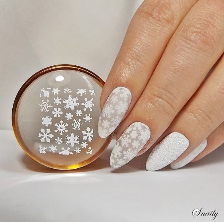 snow nails christmas winter manicure white design classic
