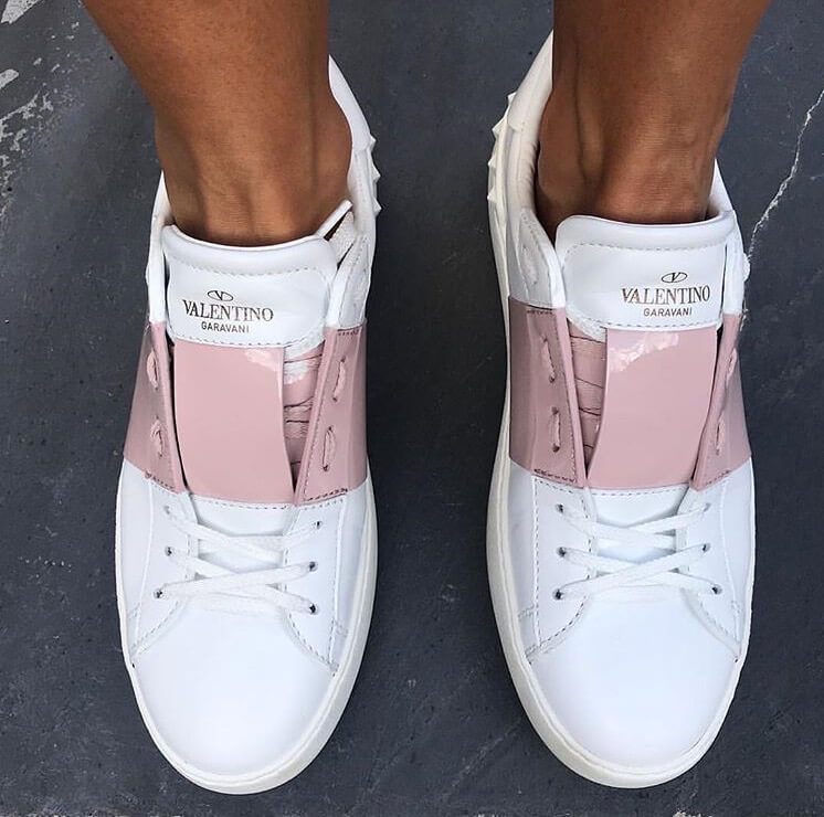 valentino garavani rockstud luxury white sneakers pink