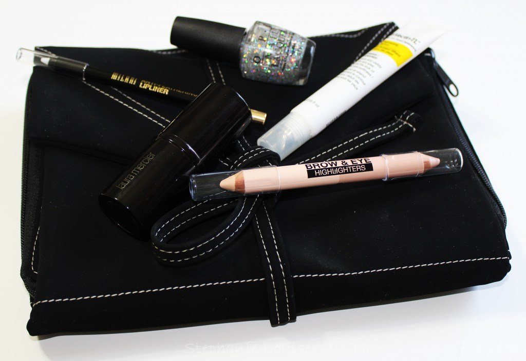 5 Unexpected Beauty Items to Travel With + Hold Me Bag