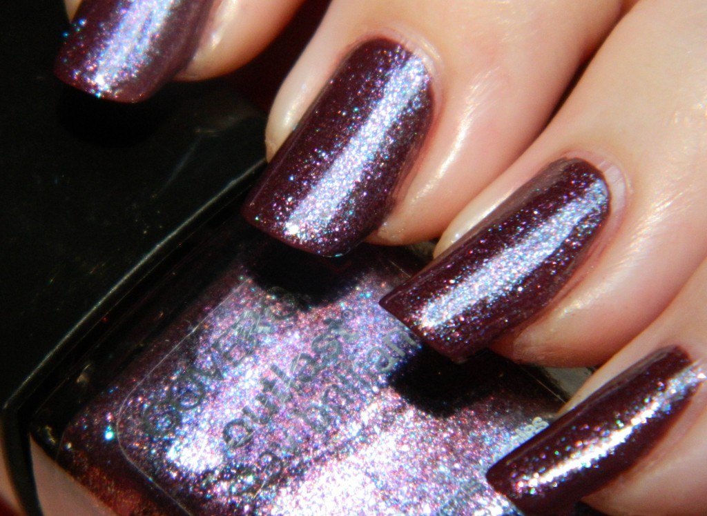 Covergirl Outlast Stay Brilliant Nail Polish in Violet Flicker Swatches & Review