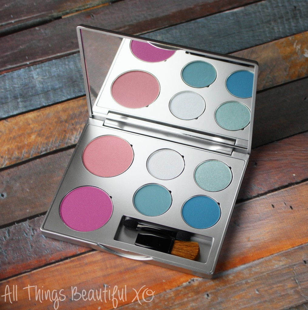 The ZuZu Luxe La Sirena Palette is a gorgeous vegan & cruelty free palette packed with a quad of blue eyeshadows & two stunning pink blush options. Check out the swatches & review on All Things Beautiful XO