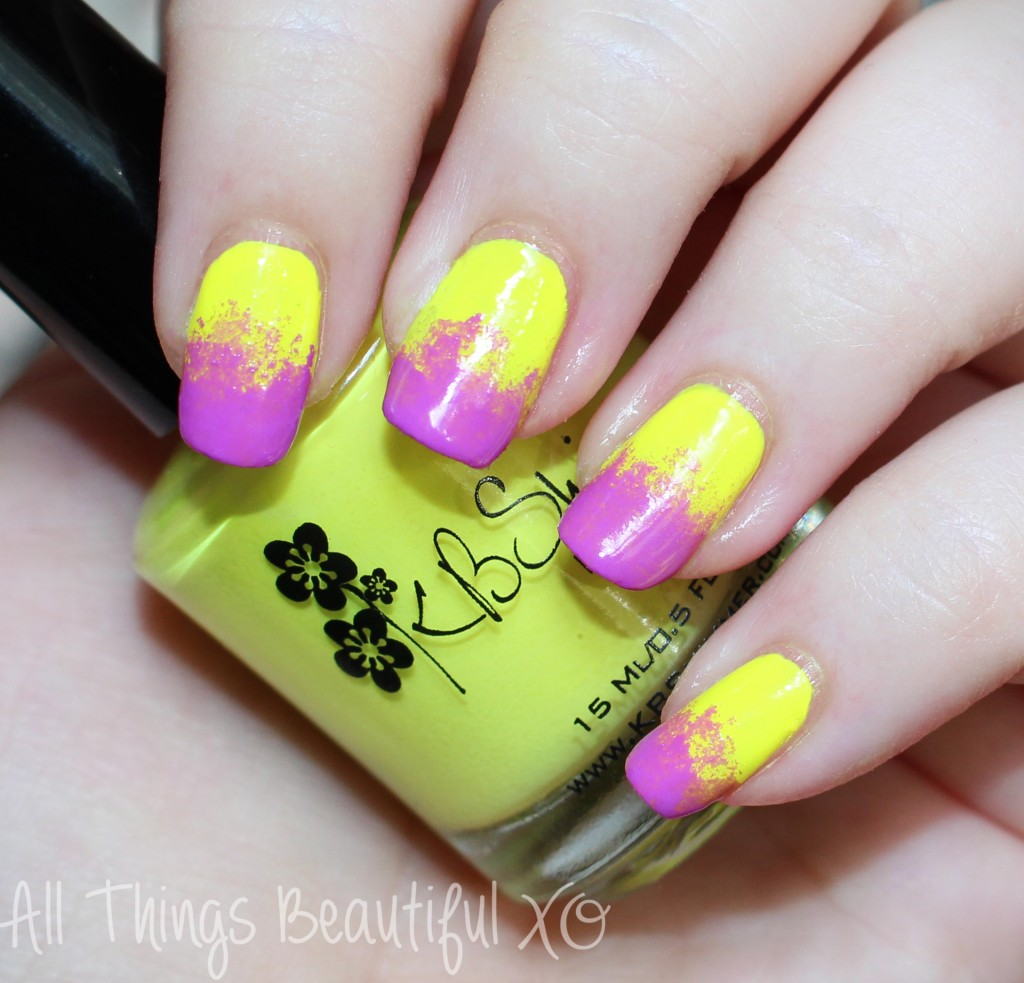 Some Hot Neon Sponged Tip Nail Art for Summer!