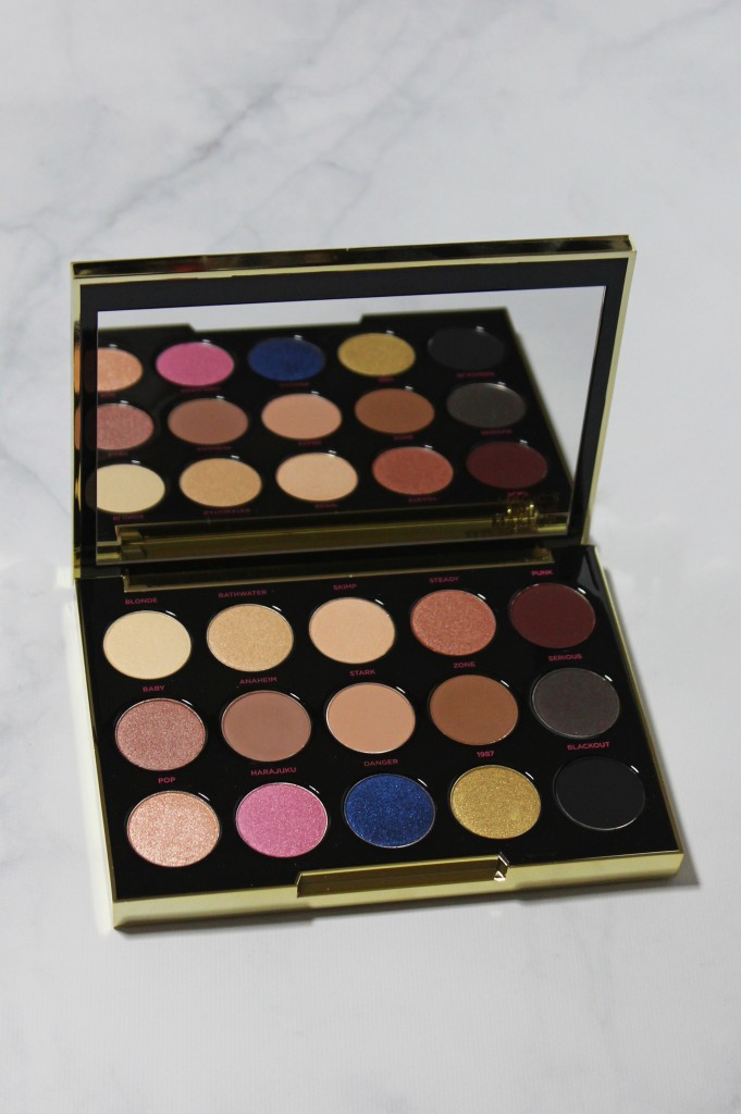 Urban Decay x Gwen Stefani Eyeshadow Palette Swatches, Review, & Eye Look   Check it out on All Things Beautiful XO along with more makeup, nail, & beauty posts!