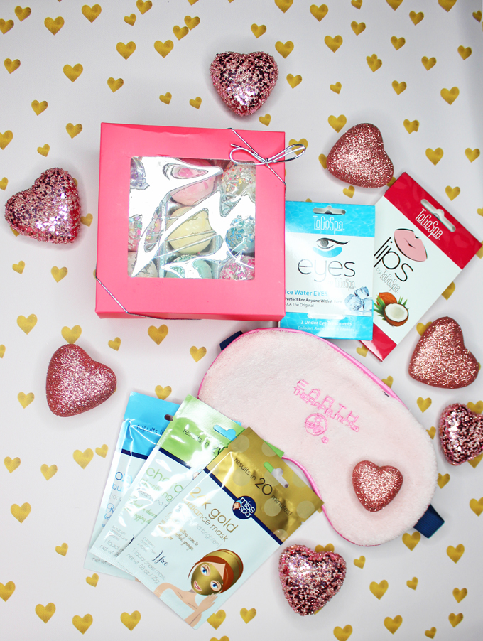 Need an idea for spoiling yourself or someone you love? Perfect for Valentine's Day, Mother's Day, & just because! A Quick Idea for DIY Pampering at Home with ToGoSpa, Fizz & Bubble, Earth Theraputics, & Miss Spa Ideas on All Things Beautiful XO