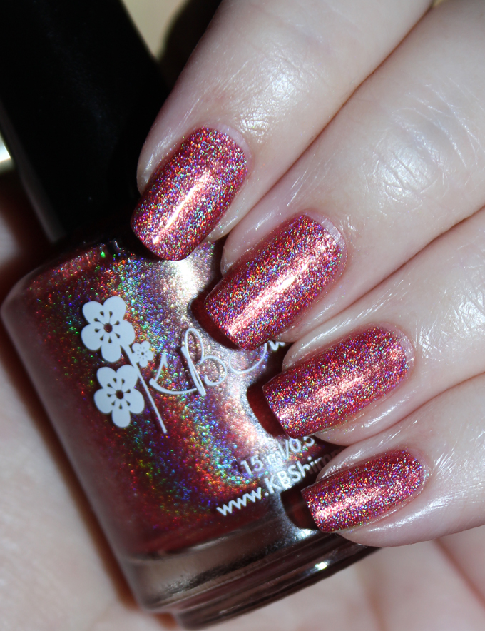 This is KBShimmer The Girl is Tiki KBShimmer Nauti by Nature Collection Swatches & Review including a summer mani shot on All Things Beautiful XO