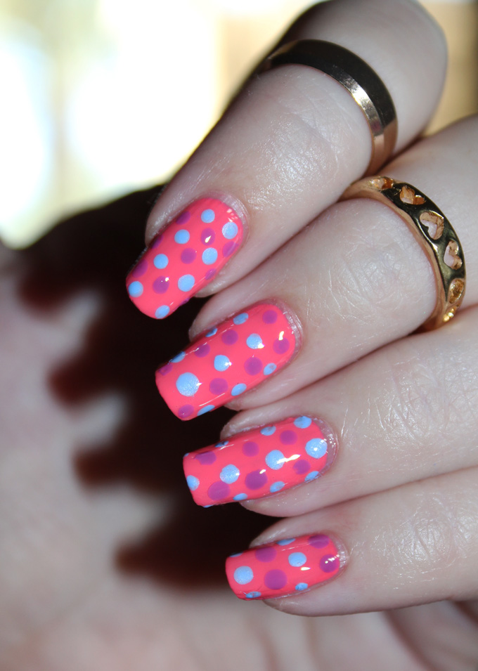 Some easy bright dotted nail art using Jesse's Girl shades in Julie's Fave, Rio de Janeiro, & Santorini. Fun nail art using the Jesse's Girl Julie G Nail Polish Trios along with full swatches & review! Trio #1 Bikini, Tropical, & Dream in Pretty. Trio #2 is Cabana Boy, Fierce & Fab, & Oh Em Gee. & Trio #3 is Santorini, Rio de Janeiro, & Julie's Fave. Check out more nails, makeup, & beauty posts on All Things Beautiful XO