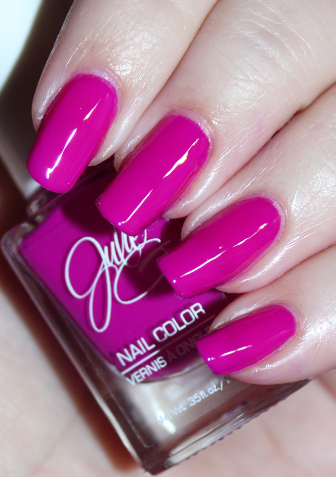 This is Jesse's Girl Julie G Nail Polish in the shade Fierce & Fab Fun nail art using the Jesse's Girl Julie G Nail Polish Trios along with full swatches & review! Trio #1 Bikini, Tropical, & Dream in Pretty. Trio #2 is Cabana Boy, Fierce & Fab, & Oh Em Gee. & Trio #3 is Santorini, Rio de Janeiro, & Julie's Fave. Check out more nails, makeup, & beauty posts on All Things Beautiful XO