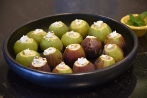 Figs stuffed with cheese