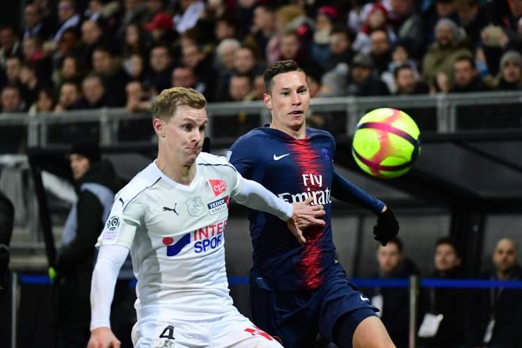 Amiens köper loss Emil Krafth