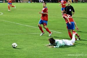 Det blev platt fall för Celtic précis som för Samaras I duellen med Erik Wahlstedt 2011 Foto: Bjarki Tordarson