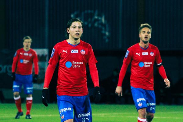 Darijan Bojanic och Johan Mårtensson styrde HIFs mittfält Foto: Samone Klinteberg