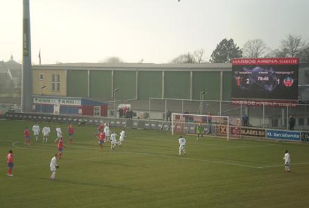 En hörna för danskarna vid ställningen 2-1. Foto: Fredrik Rasmusson