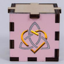 Triquetra Heart pink LED Gift Box yellow