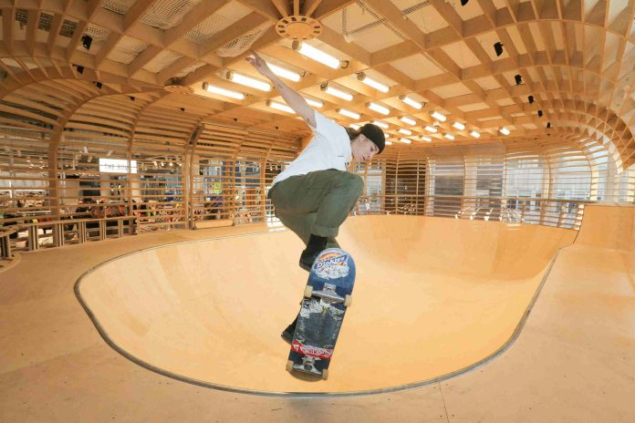 SELFRIDGES-LONDON-COMPLETE-WITH-THE-UK'S-ONLY-FREE-PERMANENT-WOODEN-SKATE-BOWL