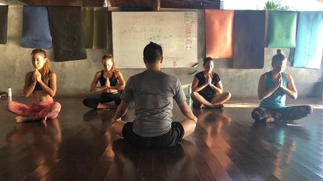 tips yoga teacher
