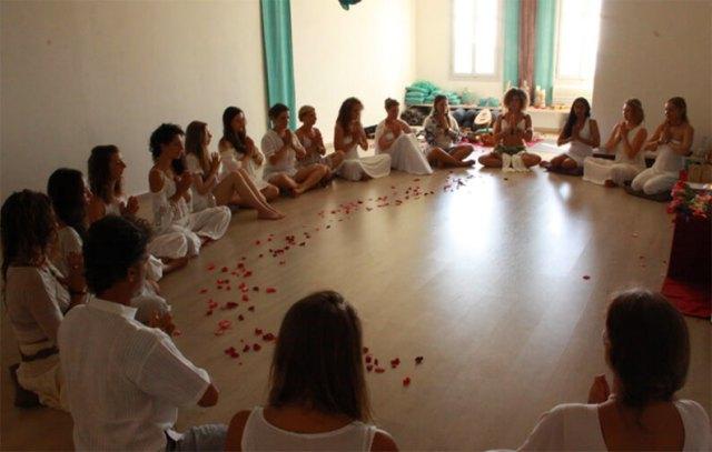 anapnoe yoga teacher training