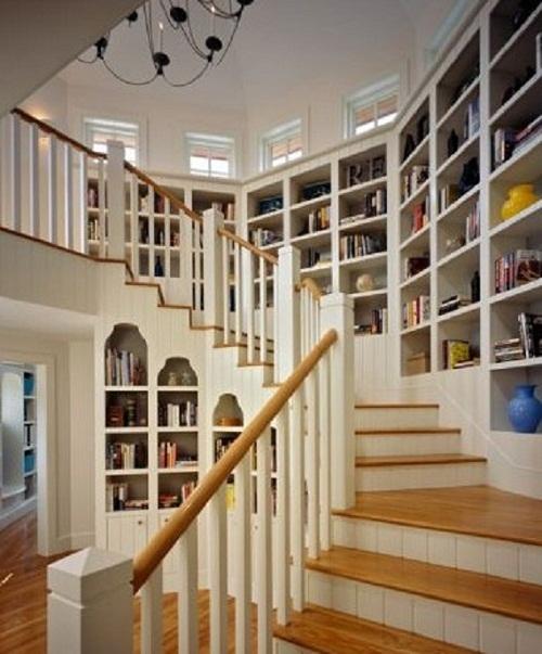 Staircase libary