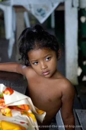 Fotos de Belém: criança cabocla