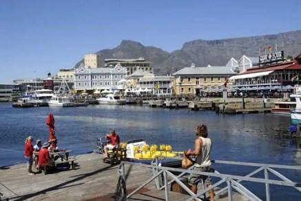 Vista sobre a aprazível Victoria & Alfred Waterfront - as docas da Cidade do Cabo