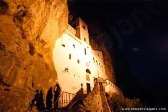 Mosteiro de Ostrog, Montenegro