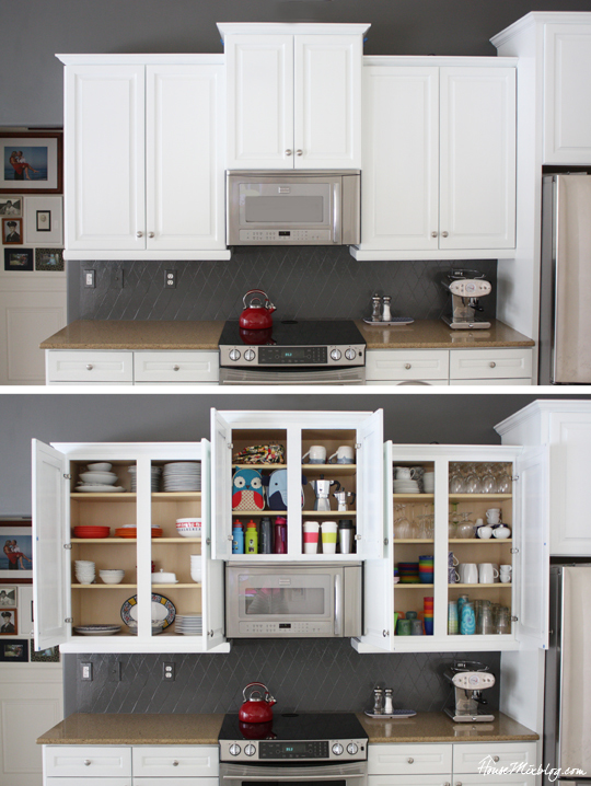 Organized-kitchen-with-cabinets-open
