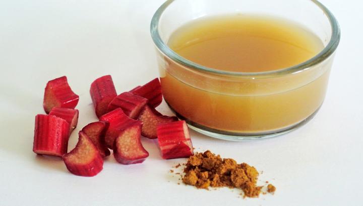 Lighten Hair with Rhubarb | Natural Home Remedies | The Old Farmer's Almanac