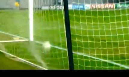 Il tiro di Totti gonfia il sacco