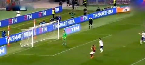 Tiro di Salah deviato da Astori fà 2-0